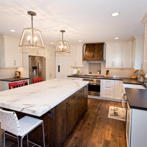 Govan Builders LLC - Dekton Entzo Calacatta - cocina contemporanea